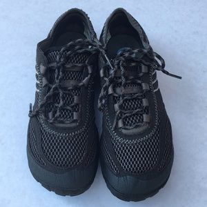 Merrell Black Sneakers with Vibram Bottoms 6.5